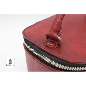 Robotty 100% genuine leather handbag red square type ( Pony leather )